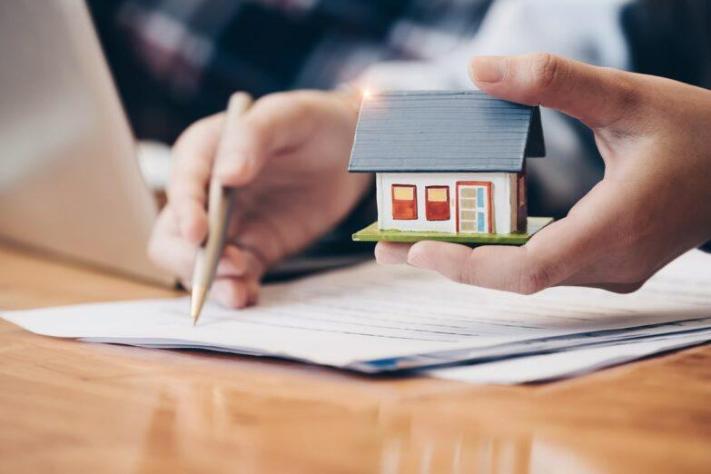 We Buy Houses Fast in Waukesha